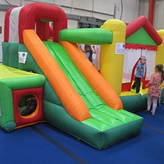 Bouncy castle Waddler